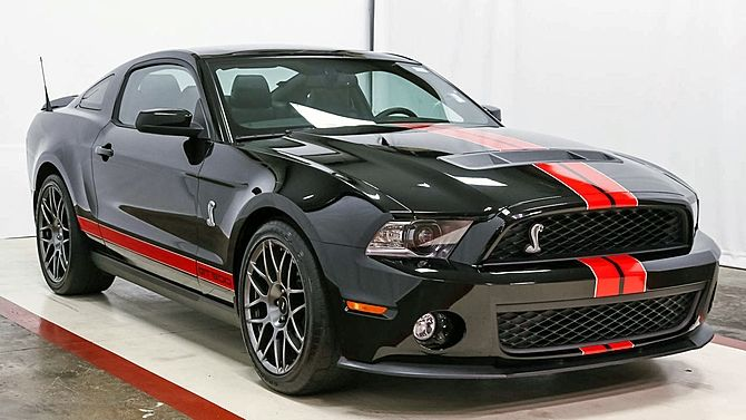 2011 Ford Shelby GT500 Fastback Supercharged 5.4/550 HP, SVT Package presented as lot F163 at Austin, TX 2015 - image1