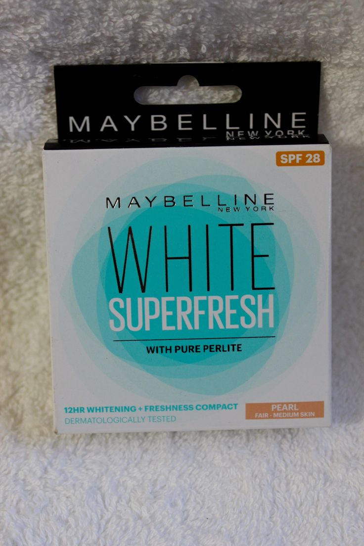 Hello everyone, Maybelline New York White Super Fresh Compact Check out the review of most affordable & best compact powder in the market.