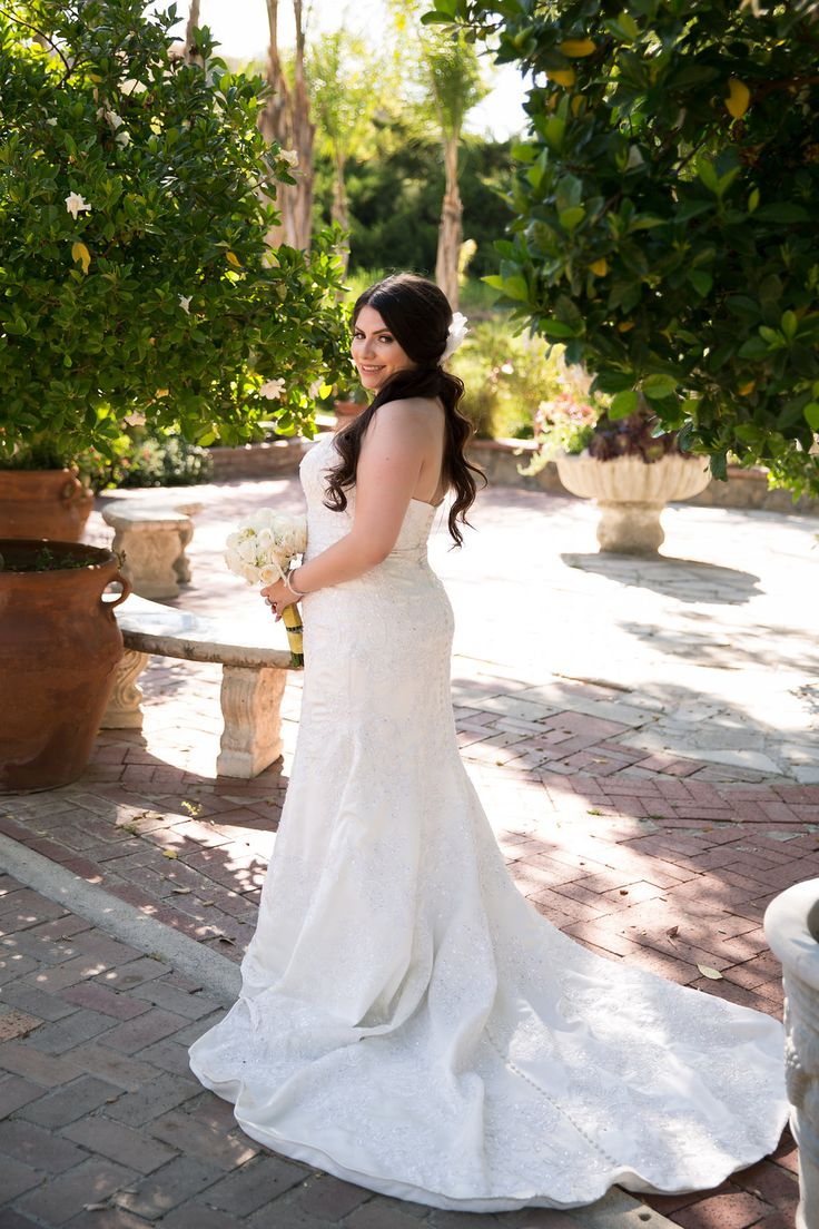 A Blue   Gold Rancho El Toro Courtyard Wedding - Oana Foto
