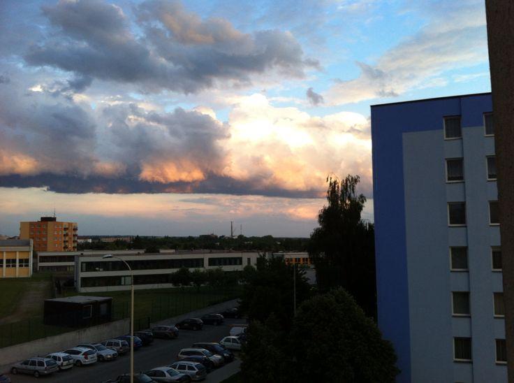 Podvečerní obloha III. - 1.6.1015