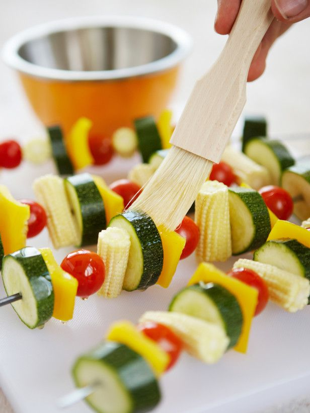 Seasonal Recipes for your Memorial Day BBQ! --> http://www.hgtvgardens.com/recipes/celebrate-memorial-day-with-fresh-from-the-garden-food?soc=pinterest