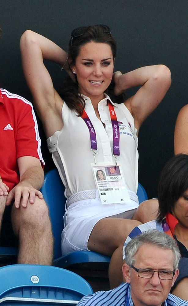Kate Middleton Topless Photos: Nude Images Of The Duchess Of Cambridge Published In French Magazine Closer (POLL)