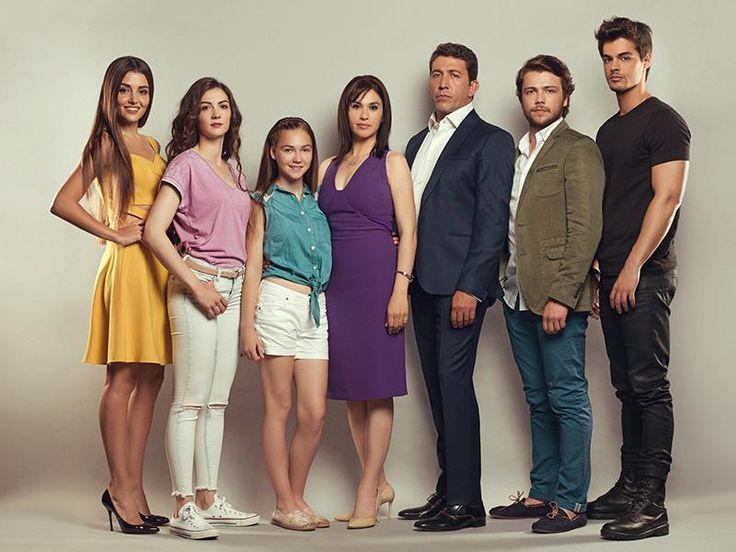 Güneşin Kızları'ndan Bir Başarı Daha: Başrollerinde Emre Kınay, Evrim Alasya, Tolga Sarıtaş, Burcu Özberk, Berk Atan, Hande Erçel… #dizi #tv