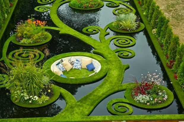 Sunken Alcove Garden, New Zealand - The Sunken Garden is a 'hidden treasure' because of the sited below road level, it offers a sense of calmness and separation from its urban surrounds.