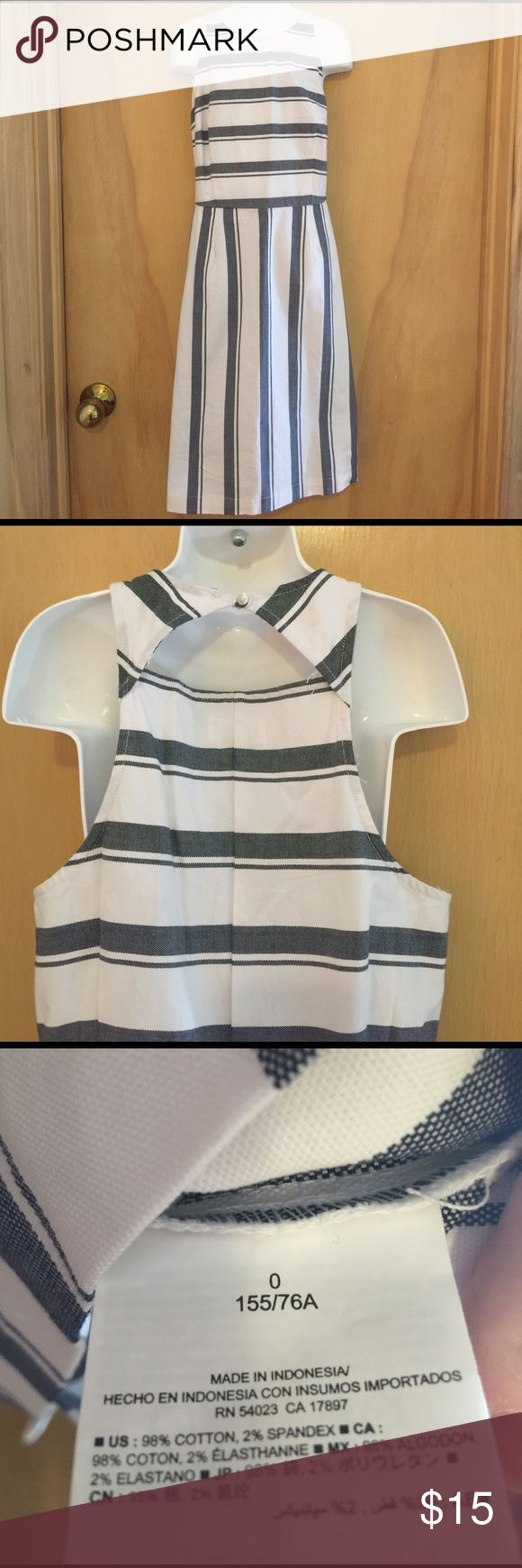 Old Navy Sz 8 petite Navy and white Nautical Dress Brand New with tags. Sz 8 petite Old Navy Dresses