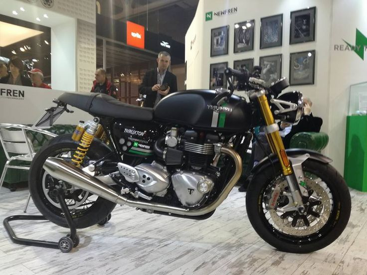 17 best images about triumph thruxton 1200s on pinterest aftermarket parts europe and racing. Black Bedroom Furniture Sets. Home Design Ideas