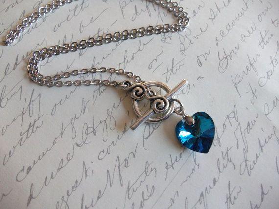 Collier coeur swarovski bleu bermude par BijouxdeBrigitte sur Etsy, $20.00