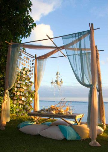 great outdoor space: Idea, Dreams, Outdoor Living, Parties, Dinners, Seaside, Outdoor Spaces, Beaches Wedding, Canopies