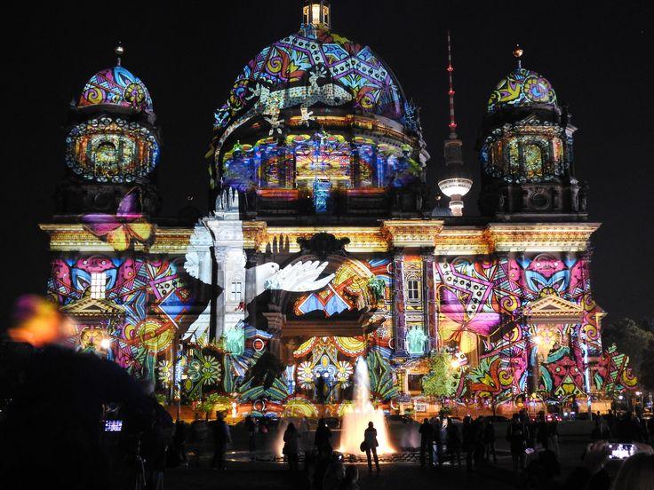 2016 Berlin leuchtet Berliner Dom am Lustgarten