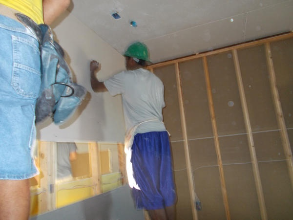 Peoria CTE students Grant Oulton,Nick Stine,Sam Diggs Cross from Sunrise Mnt. Engineering worked w/Habitat for Humanity this weekend.... CTE Works!: Cte Students, Students Grant