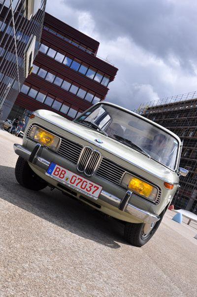 BMW  http://www.formfreu.de/2012/04/27/saisonauftakt-meilenwerk-stuttgart/