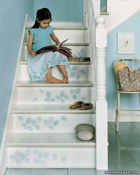 Doing this with a stamp would be easy.: Decor Ideas, Painting Stairs, Martha Stewart, House, Staircas, Stairs Ideas, Painted Stairs, Stairways, Stencils Stairs