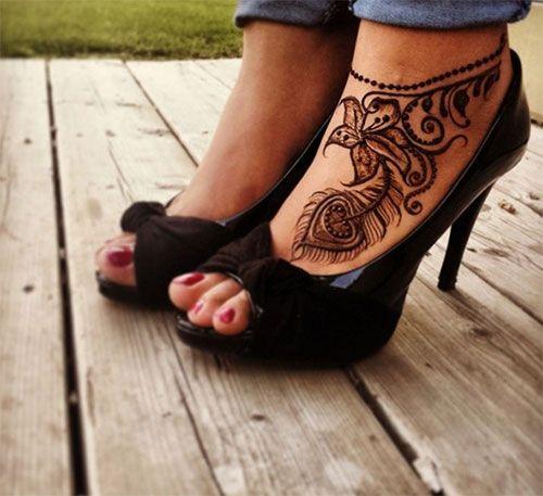 Feathers & Flowers Foot Henna #henna #mehndi