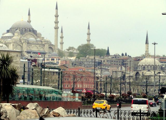 Travel and Lifestyle Diaries Blog: Random Street Photo Essay of Fatih, Istanbul