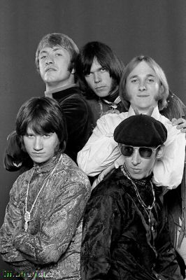 Buffalo Springfield in 1967 -- from top L-R Dewey Martin, Neil Young Stephen Stills, Ritchie Furay and Bruce Palmer