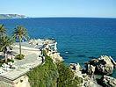 El diario ABC destaca al Balcón de Europa en Nerja, como uno de los mejores miradores de España