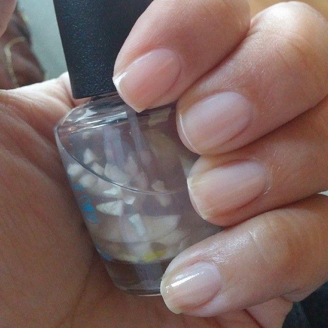Paznokcie zniszczone hybrydą? Uratuje je domowa i tania odżywka z czosnku - WP Kobieta