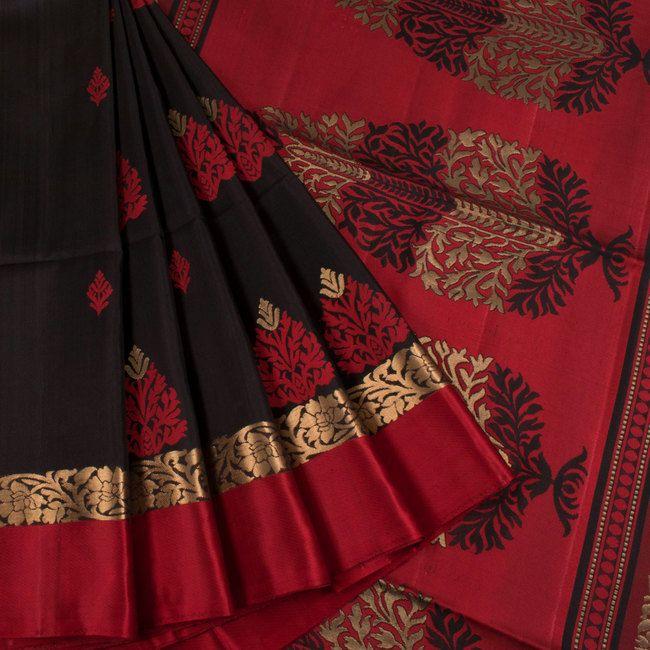 Handwoven Black South Silk Saree With Floral Motifs 10018632 - AVISHYA.COM