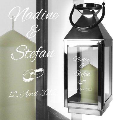 Diese Laterne mit Gravur ist eine wunderschöne Geschenkidee für den schönsten Tag im Leben eines Paares. via: www.monsterzeug.de
