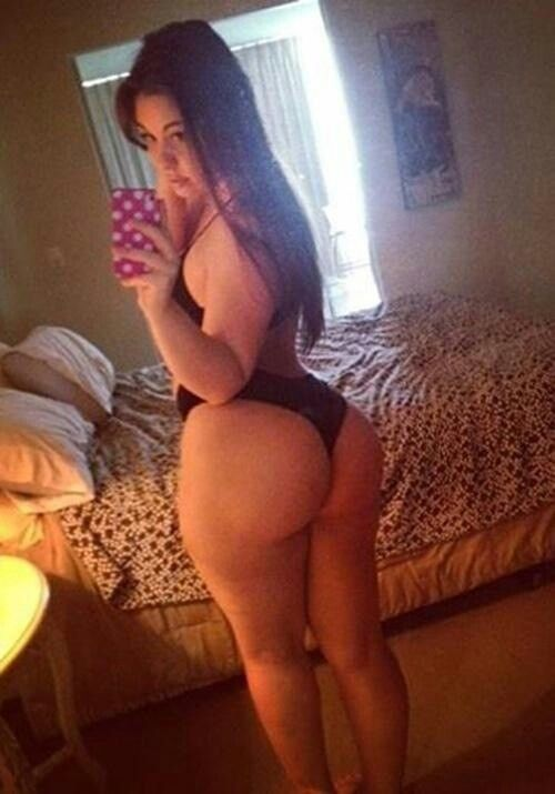 Middle eastern curvy beauty makes her porn debut - 3 part 10