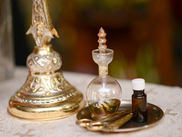 世界最初の調香師と言われている、古代エジプトの神官達がつくった幻の香り『キフィ』。古代エジプトの歴史を読み解きながら、キフィについて説明していきます。