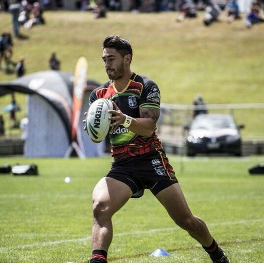 Shaun Johnson sporting the Vodafone Warriors 2015 Rasta jersey