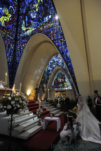 Iglesias en Bogotá para bodas: Capilla del Gimnasio Moderno