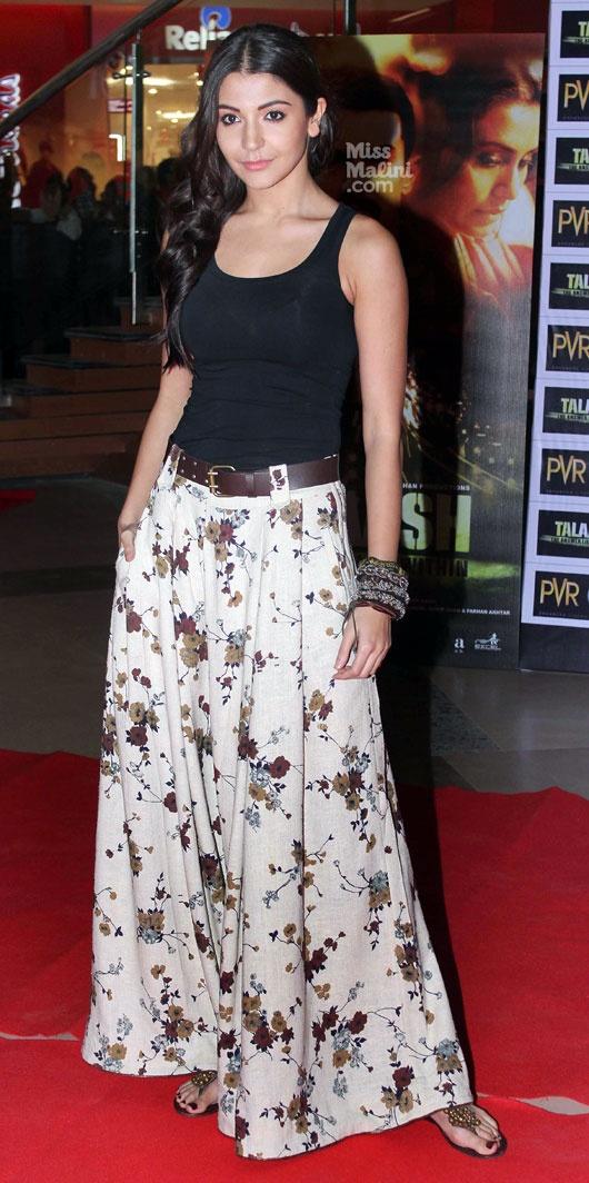 Anushka Sharma. I want to make this skirt.
