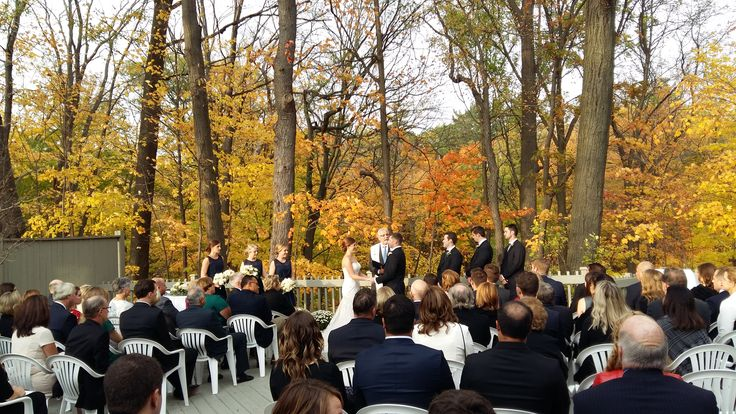 Outdoor ceremony at Glenerin Inn - DJ Lee