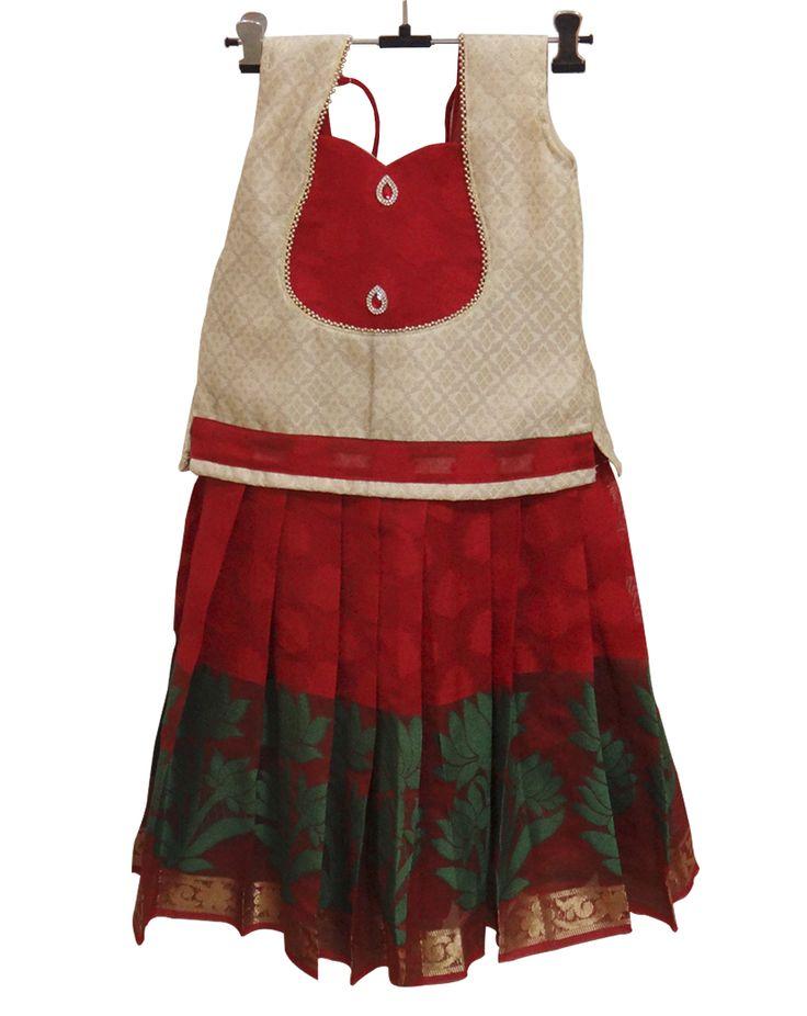 #Pattupavadai #kidspattupavadai Red with White Pattu Pavadai only at www.Bujuma.com