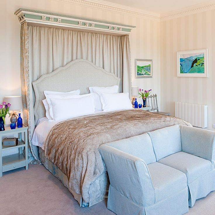 Enjoy the luxurious and elegant Salamanca bedroom in the North Wing with lake views #holidaylets #holidayaccommodation #weddingaccommodation