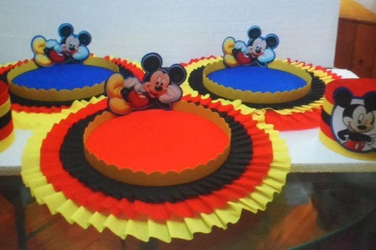 Carameleras y Chupeteras on Pinterest | Ben 10, Mickey Mouse and ...