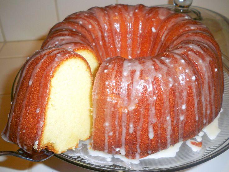 Mama Harris' infamous 7-Up cake!! - Mama Harris Kitchen