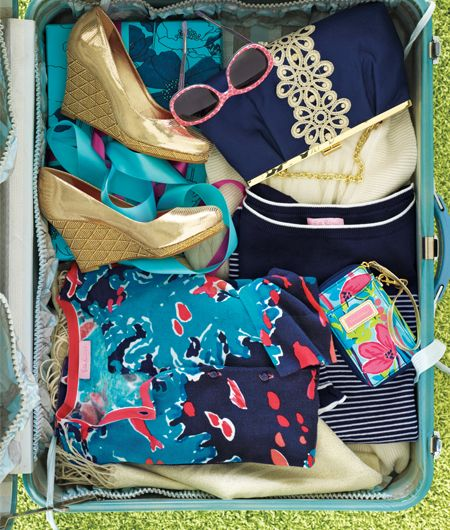 pretty accessories.Lilly Spring, Lilly Pulitzer, Closets, Summer Style, Spring Colors, At The Beach, Lilly Life, Lilly Lilly, Suitcas