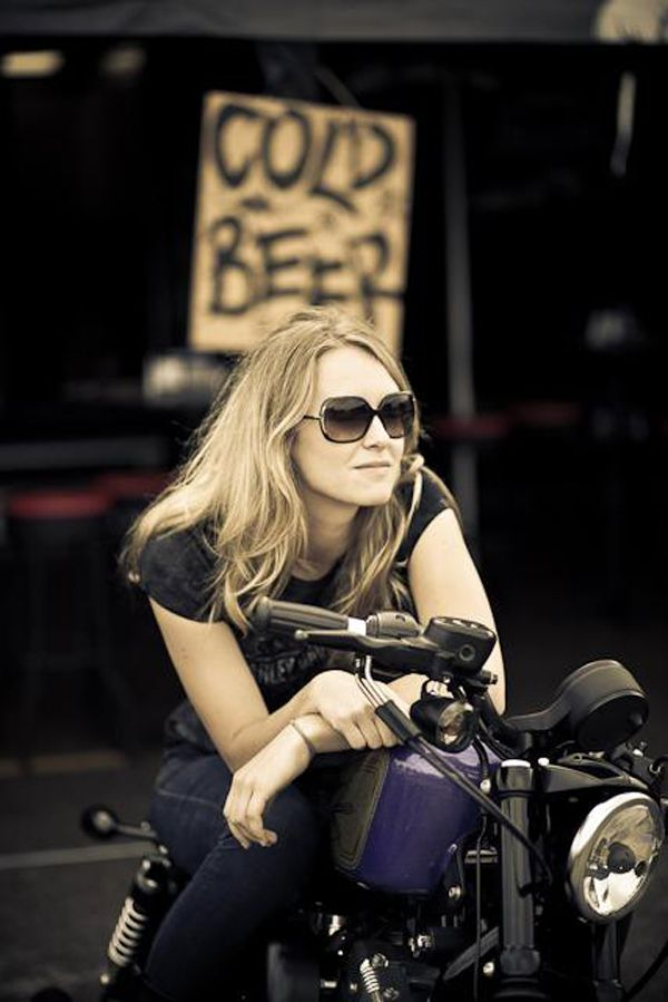 19 best images about biker babes on pinterest statue of - Pictures of chicks on bikes ...