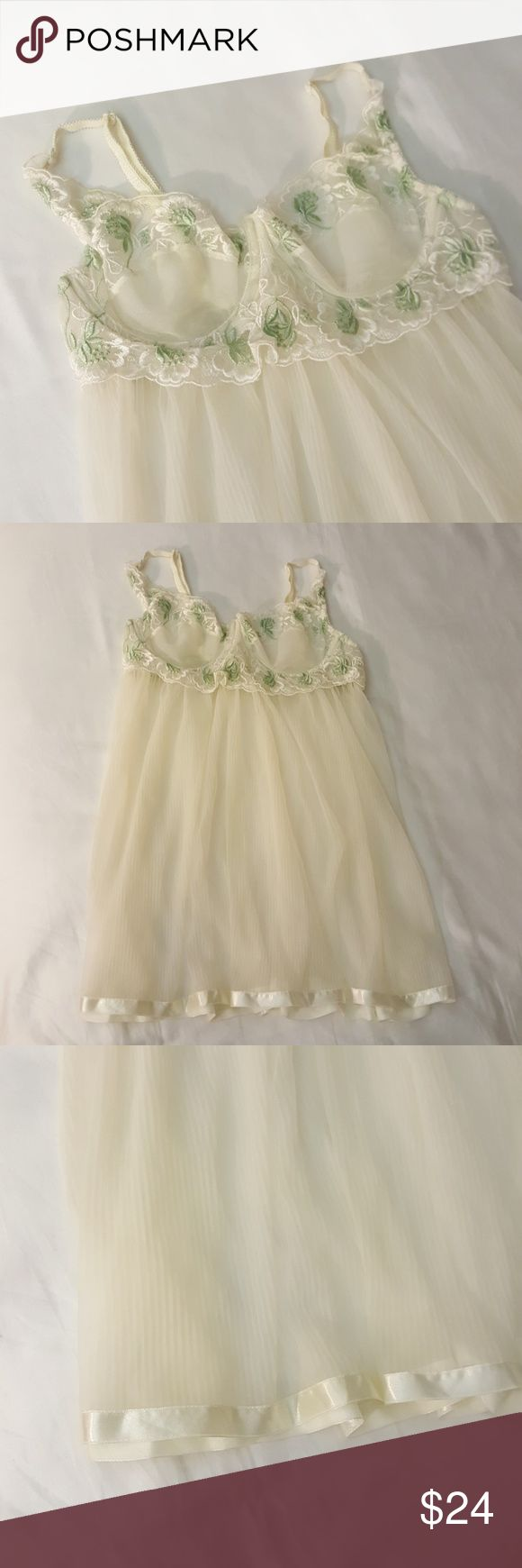 VS Babydoll Chemise Lingerie Nightie VS Babydoll Chemise Lingerie Nightie. Underwire pushup bra, adjustable straps, white and celery green floral embroidered lace and satin detail trim. Like new! Victoria's Secret Intimates & Sleepwear Chemises & Slips