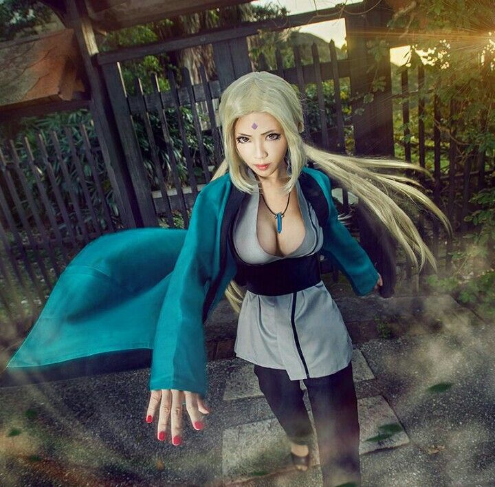 Lady tsunade cosplay