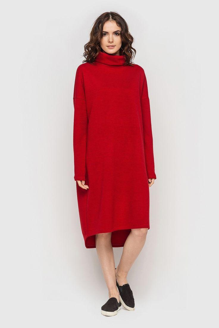 Платье с высоким горлом и ассиметричным низом миди трикотаж красное 990 грн. Согласитесь, порой хочется надеть яркое #платье, в котором при взгляде на Вас у прохожих захватывало бы дух. Именно для такого повода у нас есть идеальное предложение — красное #платье с высоким горлом и ассиметричным низом.