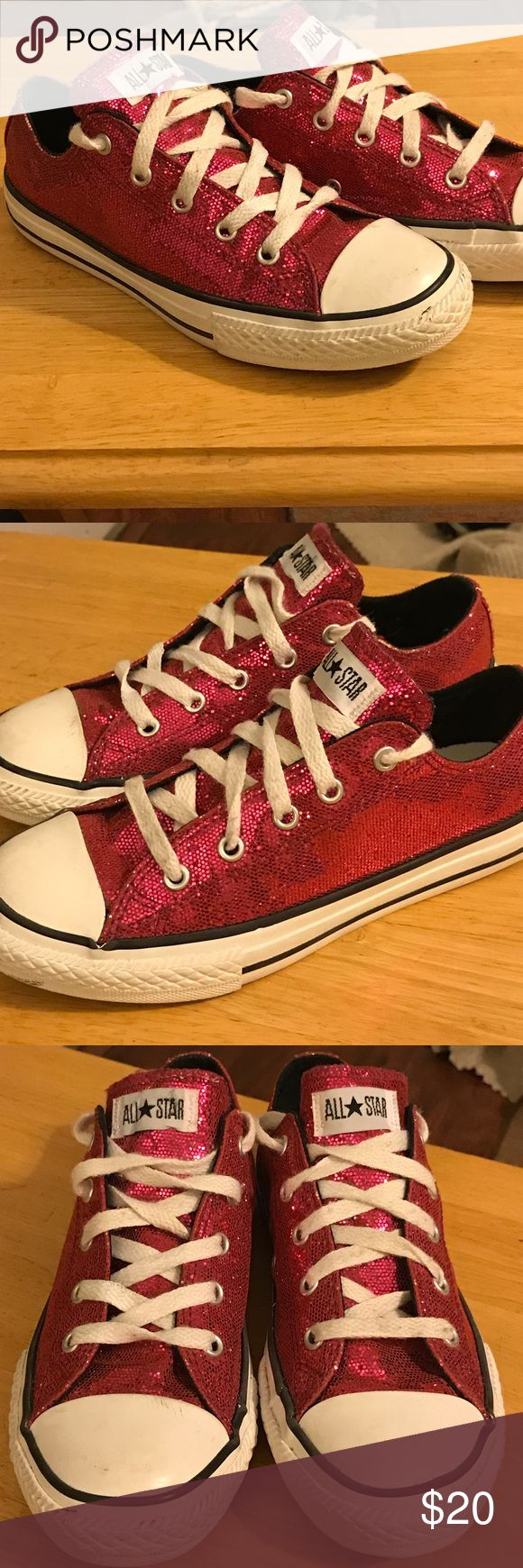 Converse All Star lows in size 3Y 5W Classic Converse All Star lows in size 3 youth and size 5 woman's please see the sizing chart in the photos so you can see the size variance per male/youth to woman's size. These were worn 2 times by my niece and there in excellent condition the hot pink glitter finish just pops and makes these already classic sneakers even cooler! Converse Shoes Sneakers