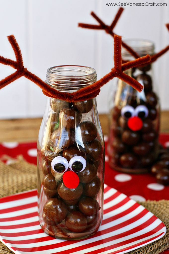 Reindeer  Fill these jars with whoppers or chocolate balls and give them to your neighbors! The decorating is simple and takes only a few minutes to make it look great and very seasonal!