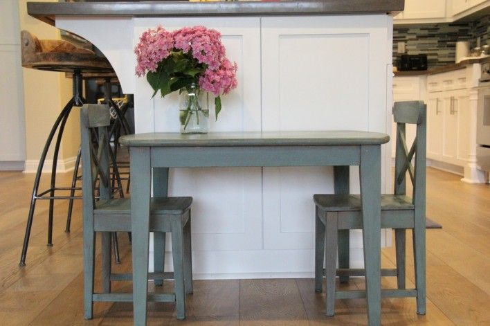 hydrangea on a miss mustard seed painted table (Kitchen Scale)