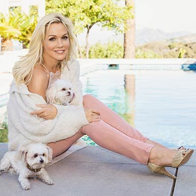 Go Behind the Scenes With Jennie Garth at Our Cover Shoot!