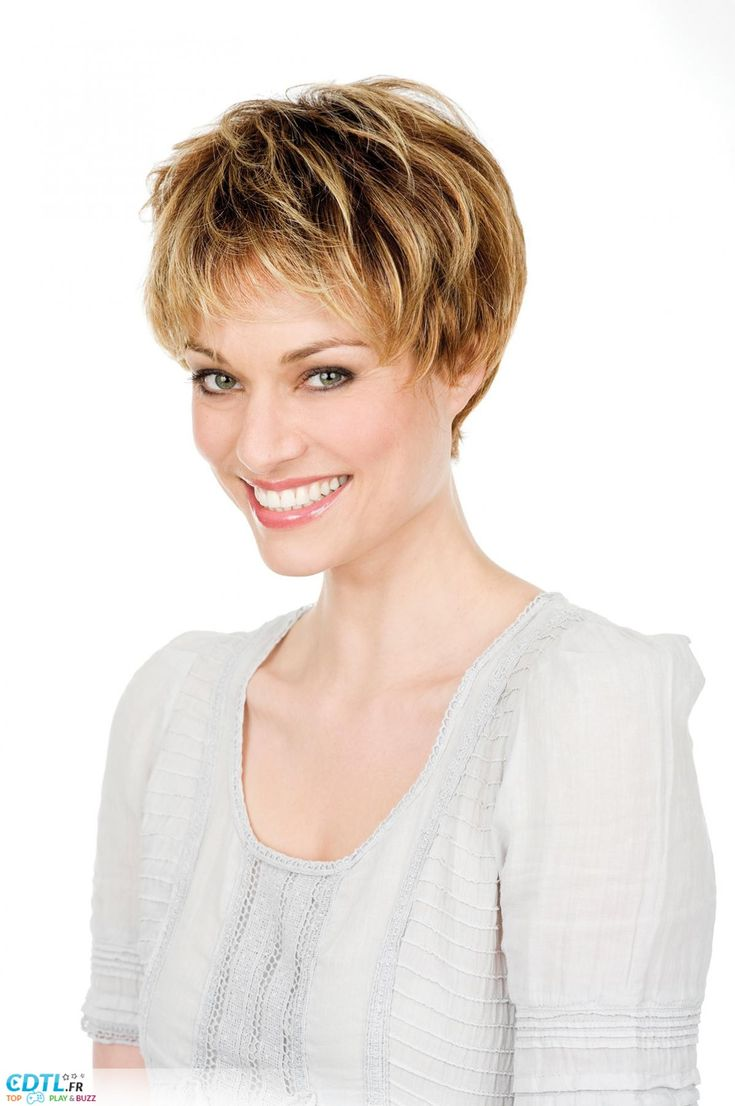 Coupe courte femme mamie