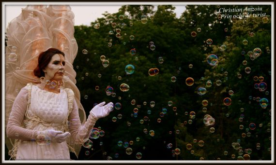 Living statues. A yearly festival that combines art, culture and fun :) - Bucharest