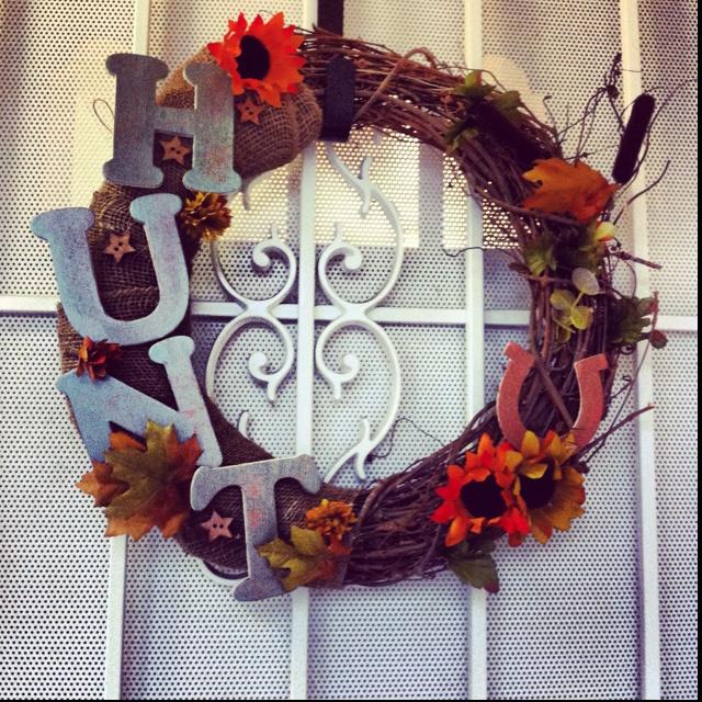 Home made door reef! All for under $20 at Joannu0027s Fabrics! & 9 best Door Reefs images on Pinterest | Door reefs Holiday wreaths ...