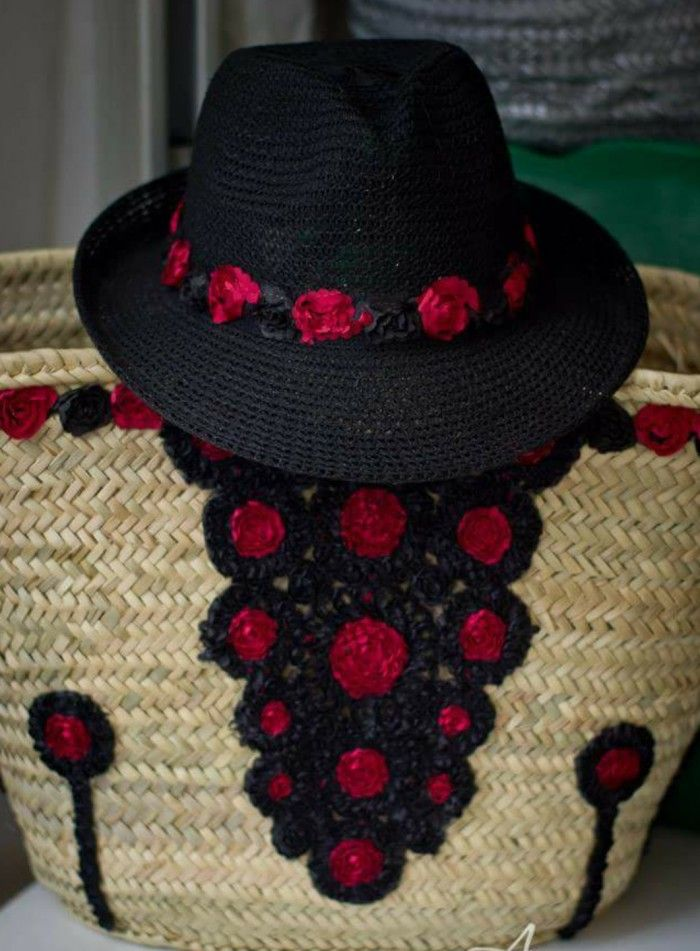 Set capazo & sombrero dorado con borlas negras moroccanstyle by anabelcohen