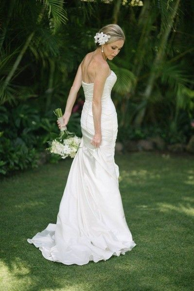 162 best hawaii wedding hair & makeup images on pinterest hair Hawaii Wedding Hair And Makeup wedding hairstyles & makeup hawaii hair and makeup artists pulled back wedding hairstyle for hawaii wedding hair and makeup