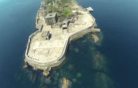 Extreme Street View: Google Employee Maps Deserted Island