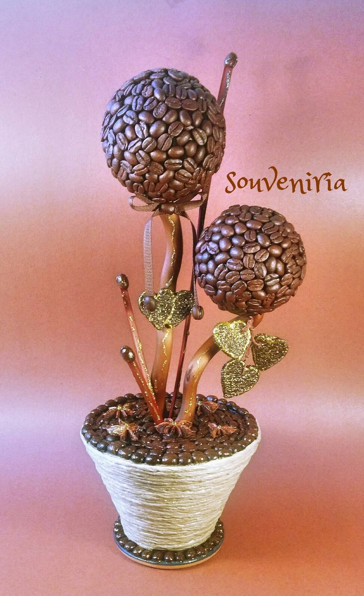 Valentine's Day is around the corner! This Coffee Tree Topiary an exclusive gift for men and women who like coffee. It brings wealth and happiness to your home and family - togetherwith wonderful c...