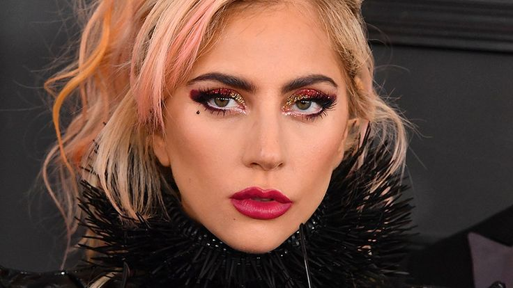 Breaking: Lady Gaga Dyed Her Hair *Again* and It Looks Amazing